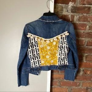 Forever 21 distressed denim jacket S